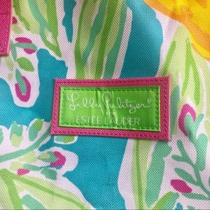 Lilly Pulitzer Bags - Lily Pulitzer Lemons Bag 🍋